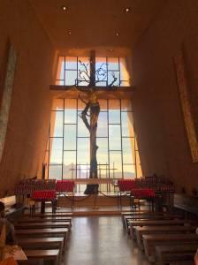 inside-holy-cross-chapel-jesus-on-cross-sedona-arizona