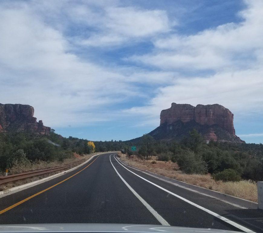 sedona-road-trip-red-rocks-view