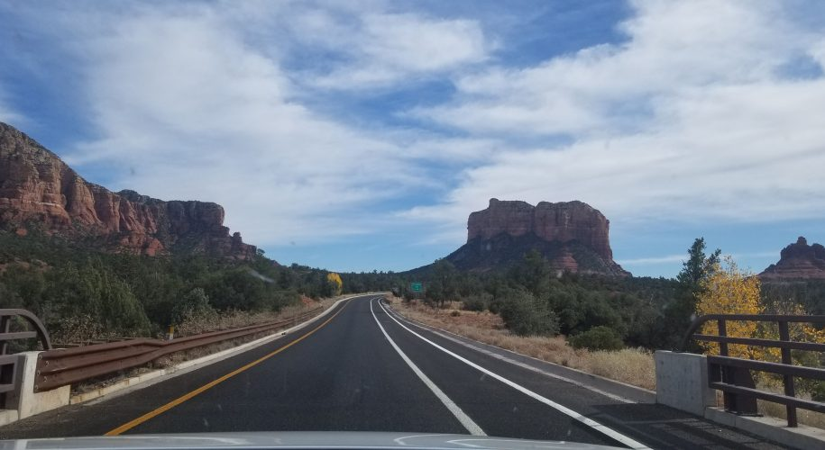sedona-road-trip-red-rocks-view