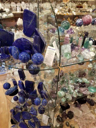 crystal-shopping-sedona-arizona