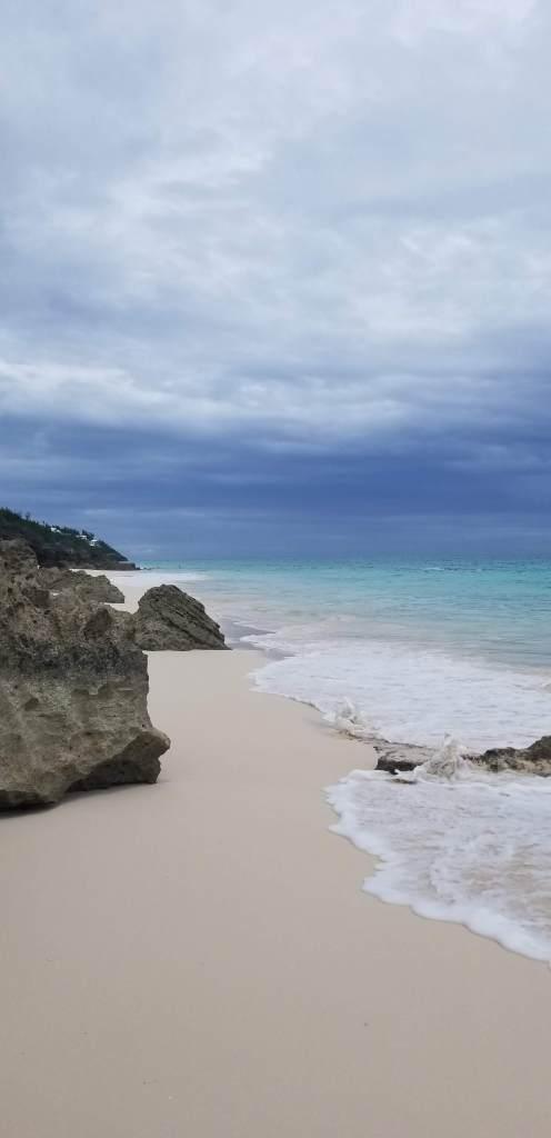 bermuda-beach-ocean-clear